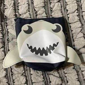 Thirty One Shark Cool Zip Snacker Bag